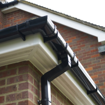 pvc-gutters-downpipe-west-bridgford