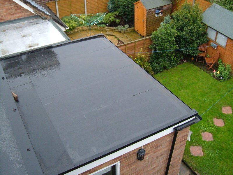 How to Choose a Garage Roofer in Nottingham